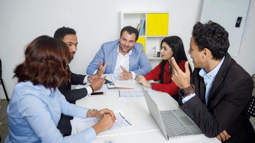 5 خطوات لتصبح قائد فريق ناجح.. تعرف عليها